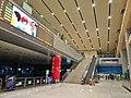 成都南站候车大厅.jpg