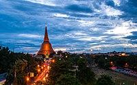 0004932 - (Phra Pathom Chedi - 002).jpg
