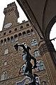 03 2015 Perseo con testa di Medusa-Benvenuto Cellini-Piazza della Signoria-Loggia dei Lanzi-volta a crociera-ordine corinzio-Palazzo Vecchio-Torre Arnolfo-bifore cuspidate-caditoie (Firenze) Photo Paolo Villa FOTO9270bis.jpg