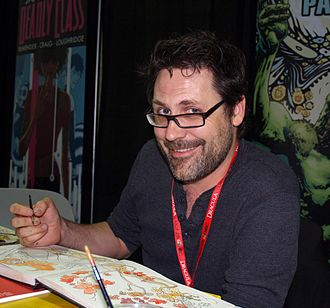 Yanick Paquette - Paquette sketching at the 2013 New York Comic Con in Manhattan