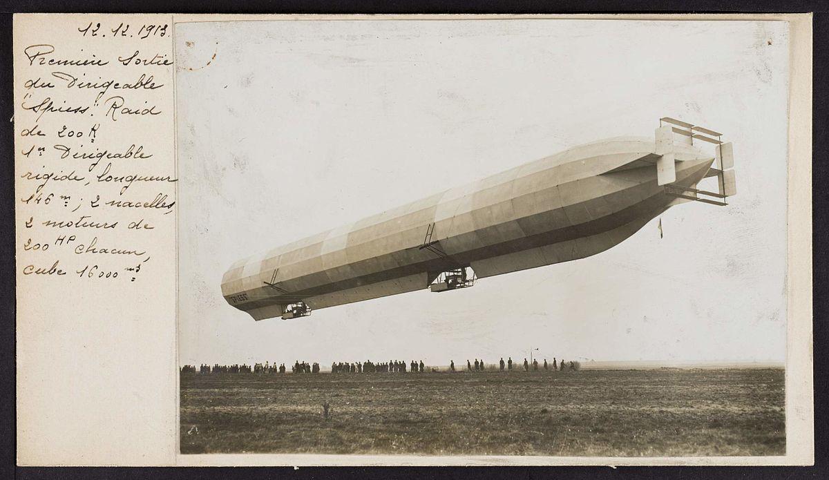 12 décembre 1913 Première sortie du dirigeable « Spiess » (15102208158).jpg
