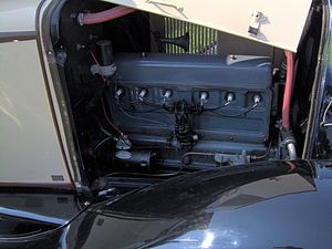Chevrolet straight-6 engine - Image: 1929 Chevrolet 2 door sedan engine