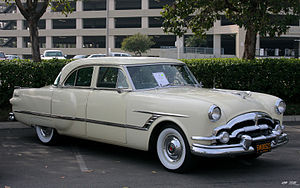 Packard Cavalier - 1953 Packard Cavalier Touring Sedan model 2602-2672 in Carolina Cream (26th series)