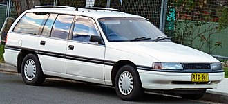 Holden Commodore (VN) - 1989 Toyota Lexcen (T1) GL wagon