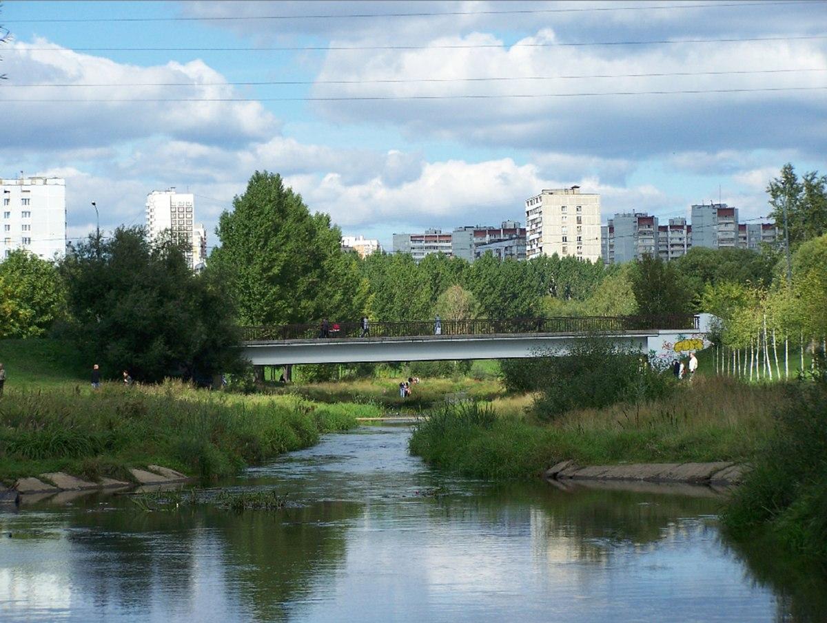 Круизы выходного дня на теплоходе по москве реке