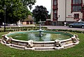 20030705170DR Klink Schloß Springbrunnen.jpg