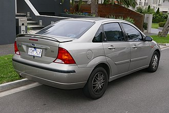 Ford Focus - Ford Focus saloon (first generation)