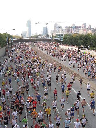 Columbus Drive (Chicago) - 2007 Chicago Marathon