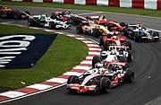 Formula 1: habia mas pero no entraba 180px-2008_Canadian_GP_lap_1_turn_2