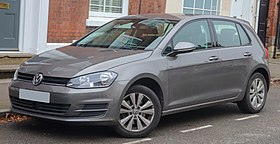 2013 Volkswagen Golf SE BlueMotion Technology 1.4 Front.jpg