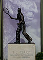 2014-10-19 Wimbledon Fred Perry statue-1 by Michael Frey.jpg