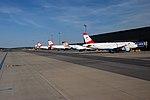 20160521 114 vienna airport.jpg