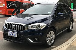 2017 Suzuki SX4 S-Cross (JY) Turbo wagon (2018-03-22) 01.jpg
