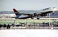 389ae - Delta Air Lines Boeing 767-332ER, N187DN@ZRH,30.12.2005 - Flickr - Aero Icarus.jpg