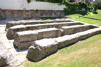 Milan amphitheatre - Remains of the amphitheatre of Milan