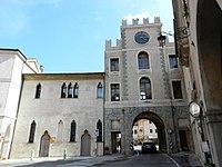La Torre dell'Orologio a Serravalle