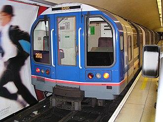 London Underground 1992 Stock - Image: 65507 at Bank LUL station