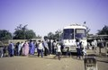 ASC Leiden - van Achterberg Collection - 1 - 133 - Un village pendant une pause de bus en route de Dori à Ouagadougou, Burkina Faso - Yako, Burkina Faso - 9-29 novembre 1996.tiff
