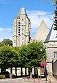 Abbatiale de la Sainte-Trinité de Morigny-Champigny en 2013 02.jpg