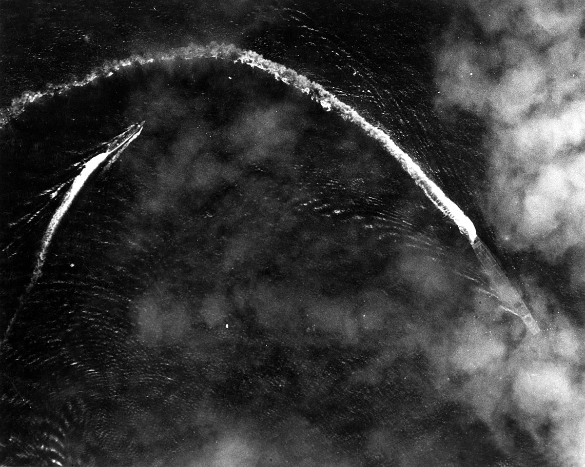 Aerial view of the Japanese aircraft carrier Akagi maneuvering on 4 June 1942 (USAF-57576).jpg