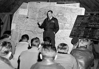 Trafford Leigh-Mallory - Leigh-Mallory at a squadron briefing in France in September 1944.