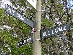 Akaroa - An Akaroa street sign showing French street names