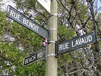 Akaroa - An Akaroa street sign showing French street names