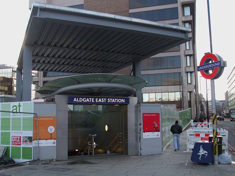 Fail:Aldgate East stn southwest entrance.JPG