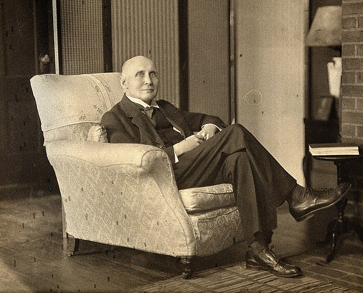 Файл:Alfred North Whitehead - cropped.jpg