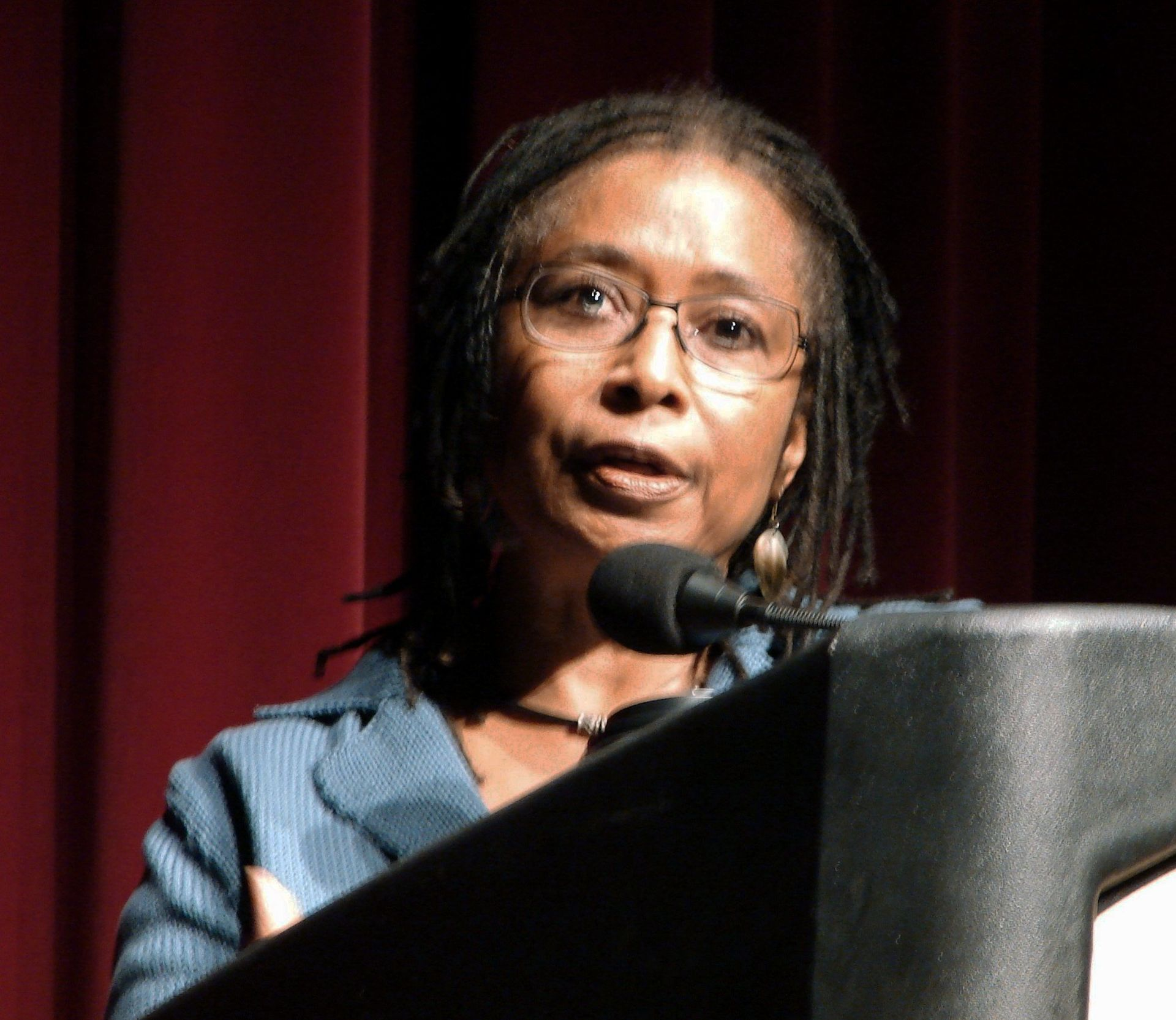 comparison alice walker This prezi compares and contrasts the book by alice walker and the spielberg directed 1985 film.