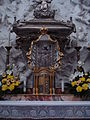 Altar in the Chapel of Saint Casimir1.JPG