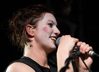 Amanda Palmer performing in Auckland, 2006