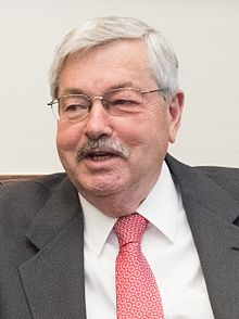Picture of Terry Branstad as the 42nd Governor of Iowa