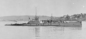 American L-6 (S-545) submarine.jpg
