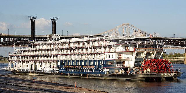 File American Queen Eads Bridge Jpg Wikimedia Commons