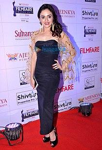 Amruta Khanvilkar at the 'Ajeenkya DY Patil University Marathi Filmfare Awards 2014'.jpg