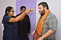 Ananya Mondal Greets Asaf Bartov - Wikidata Workshop - Kolkata 2017-09-16 2722.JPG