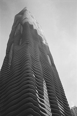 Aqua Tower, Chicago, IL.jpg