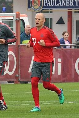 Arjen Robben Training 2018-10-09 FC Bayern Muenchen-1