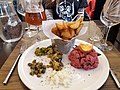 Arles - Restaurant l'Escaladou, tartare de taureau.jpg
