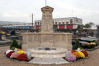 Aubergenville - Image: Aubergenville Monument aux morts 01