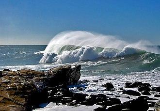 Avoca Beach, New South Wales - Image: Avoca Headland Big surf panoramio