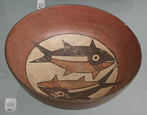 Nazca culture - Bowl with fish (Victoria and Albert Museum)
