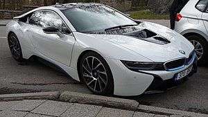 BMW i8 - Image: BMW automobile in Toompea