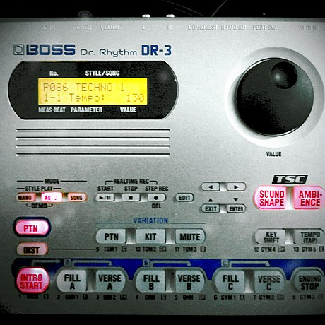 A BOSS DR-3 Dr. Rhythm drum machine BOSS Dr.Rhythm DR-3.jpg
