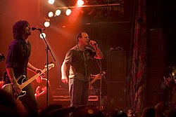 Jay Bentley und Greg Graffin 2005 (Quelle: de.wikipedia.org)