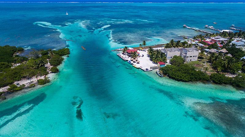 File:Belize Caye Caulker-209.jpg