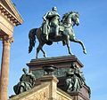 Berlin, Mitte, Museumsinsel, Alte Nationalgalerie, Reiterstandbild Friedrich Wilhelm IV. von Alexander Calandrelli.jpg
