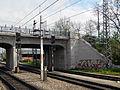 Bhf Liesing Brücke östl Widerlager-Rampe.jpg