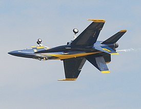 Blue Angels - flying upside down.jpg